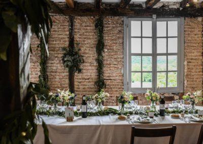 Table de mariage - Au milieu des fougères